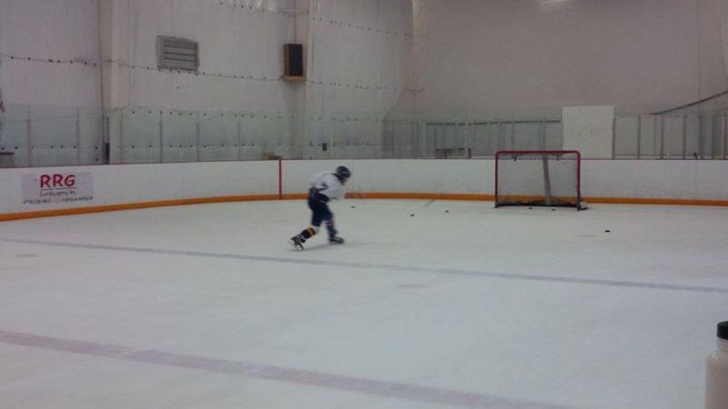 Centre-Ice-712