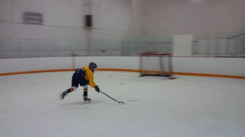 Centre-Ice-713